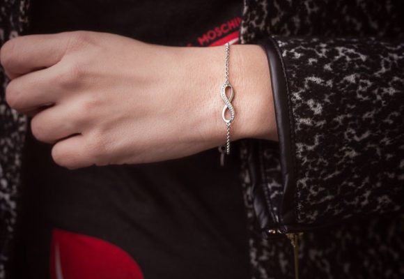 The Beginner's Guide To Infinity Bracelets